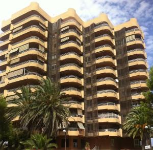 Obra fachada edificio Gola Pujol, El Saler